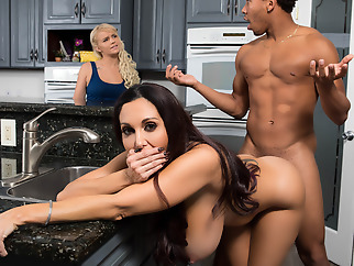 milf brunette interracial