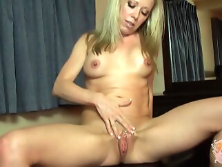 hd blonde creampie