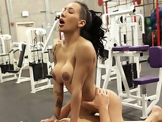 latina big tits gym