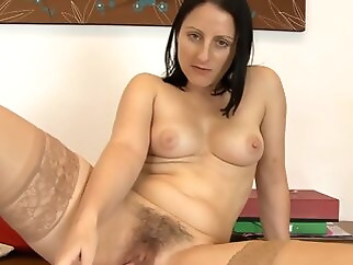 hd brunette hairy