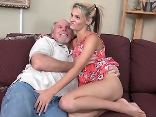 straight blonde hd