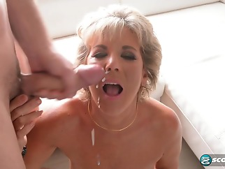 hd blonde cumshot