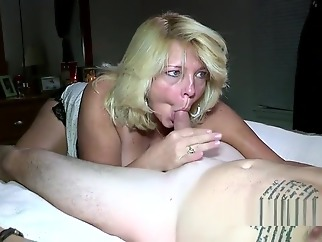 squirt mature blonde