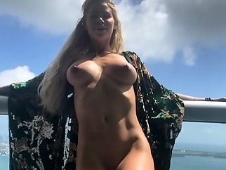 blonde amateur big boobs
